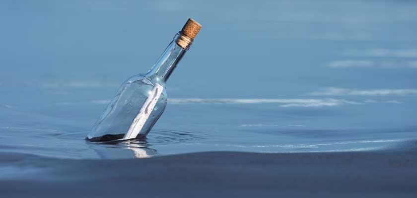 glasflasche-mit-korken